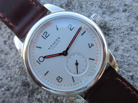 A month on the wrist: Nomos Club Dunkel (36mm) | Omega Forums