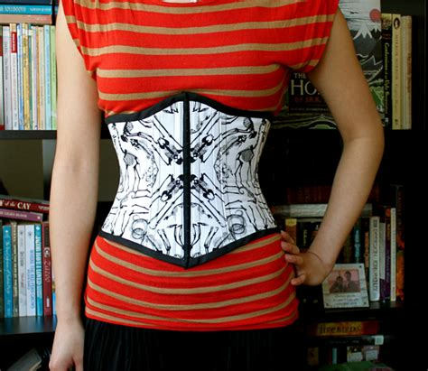 Skeleton Underbust Corset – Sewing Projects   BurdaStyle