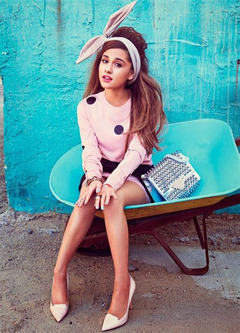 Sweet Cancer With A Libra Moon – Ariana Grande Astrology