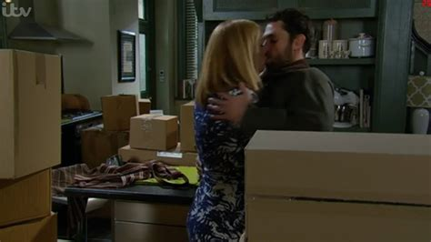 Emmerdale - Bernice Makes a Move on Andy - YouTube