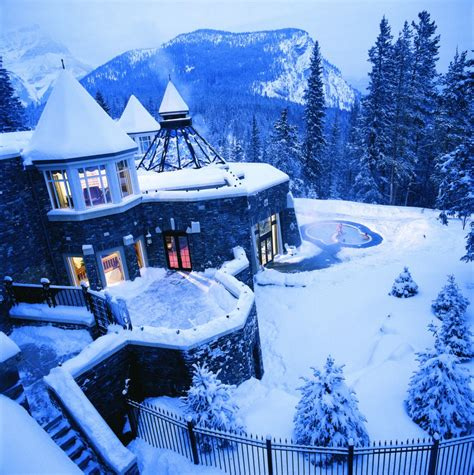 Fairmont Banff Springs - Mountainside Luxury in Canada