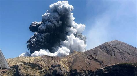 Death toll from New Zealand volcano climbs to 8, including