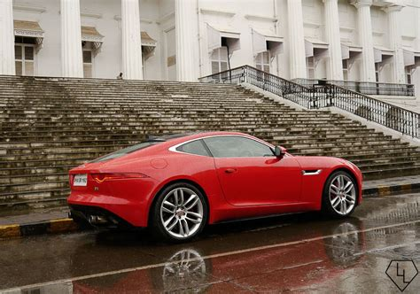 Scandalous in red - 48 hours with the Jaguar F-Type Coupe