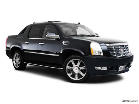 2010 Cadillac Escalade   Read Owner and Expert Reviews