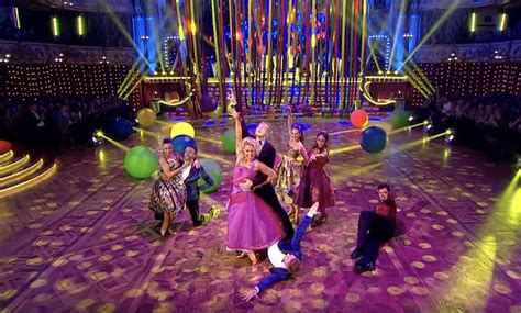 Strictly Blackpool 2017   Why are there extra dancers