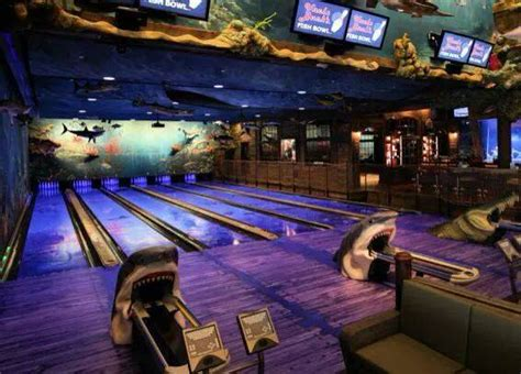 This One-Of-A-Kind Ocean Themed Restaurant And Bowling