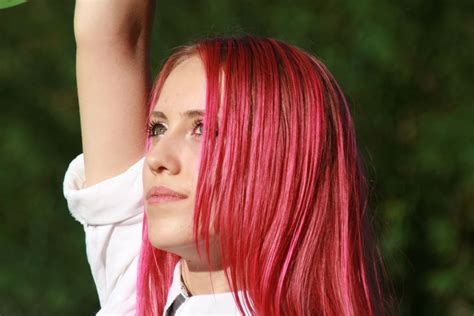 #Pink #Hair #hairstyles #hairstyle #haircolor #hairdye #