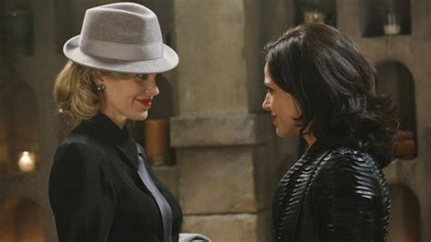 'Once Upon a Time' Scoop on Regina's Next Move, Hook's