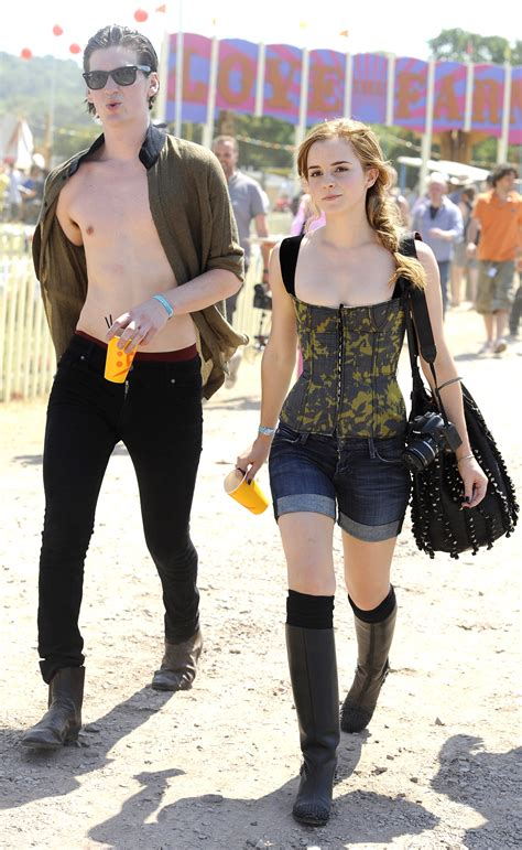 emma-watson-cleavage-candids-in-shorts-and-at-glastonbury